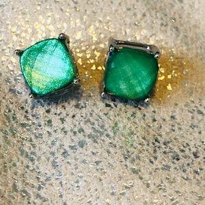 Jewelry - Green stud earrings